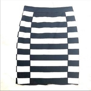 H&M Blue & White Striped Skirt Size 6